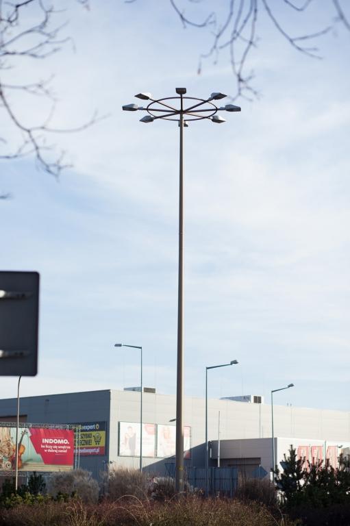 Oświetlenie ronda w ciągu drogi krajowej nr 3 w Lubinie